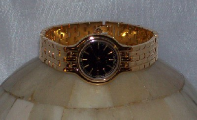 Avon Golden Elegance Wrist Watch New Old Stock