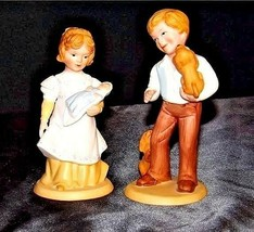 Boy and Girl Figurines (Avon) 1981 AA18 - 1183    Pair of Vintage