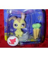 Littlest Pet Shop Rabbit carrots #887 single Cuddliest LPS - $8.00