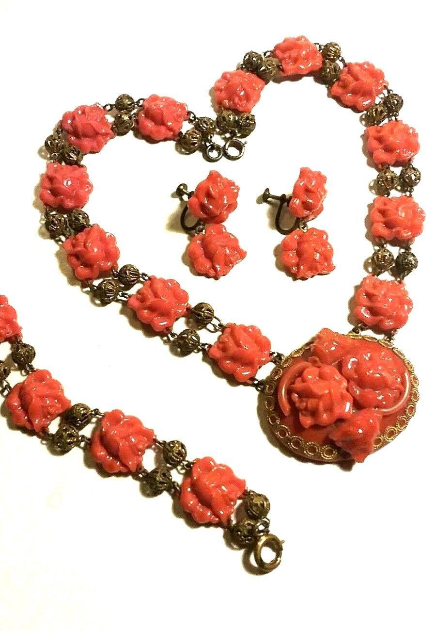VINTAGE CELLULOID CORAL COLORED ROSES NECKLACE EARRINGS BRACELET PARURE OLD SET