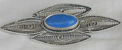 Blue agate brooch