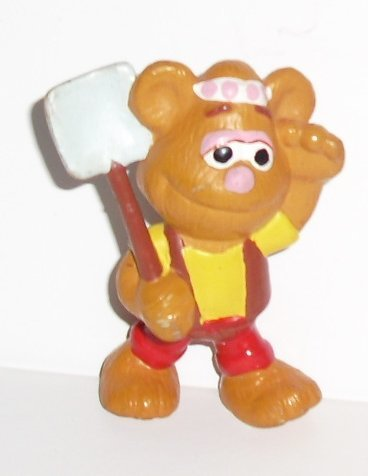 "MUPPETS PVC Figure FOZZIE with shovel 2.5"", Applause"
