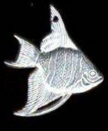 destash harvest 1 x pewter angel fish 2-3cm no lead
