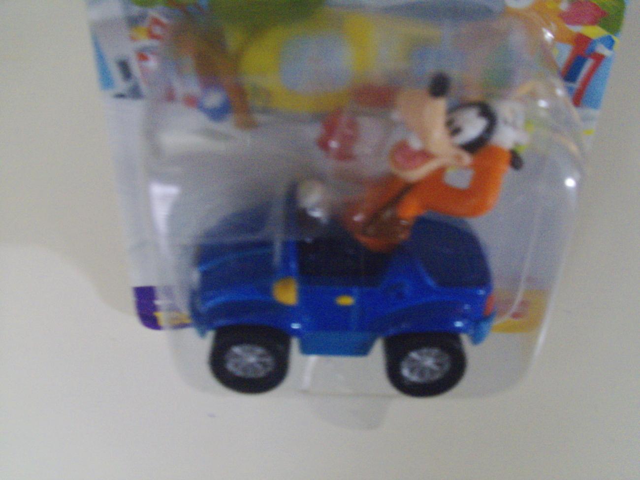 Disney Fisher-Price Joy Rider Goofy die-cast car - New