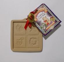 Brown Bag Cookie Art Cut Apart Mold Christmas Wreath Horn Vintage 1995 - $14.84