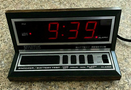 Spartus Model 1140 Vintage Electric Alarm Clock Red LCD Battery Backup  - $14.99