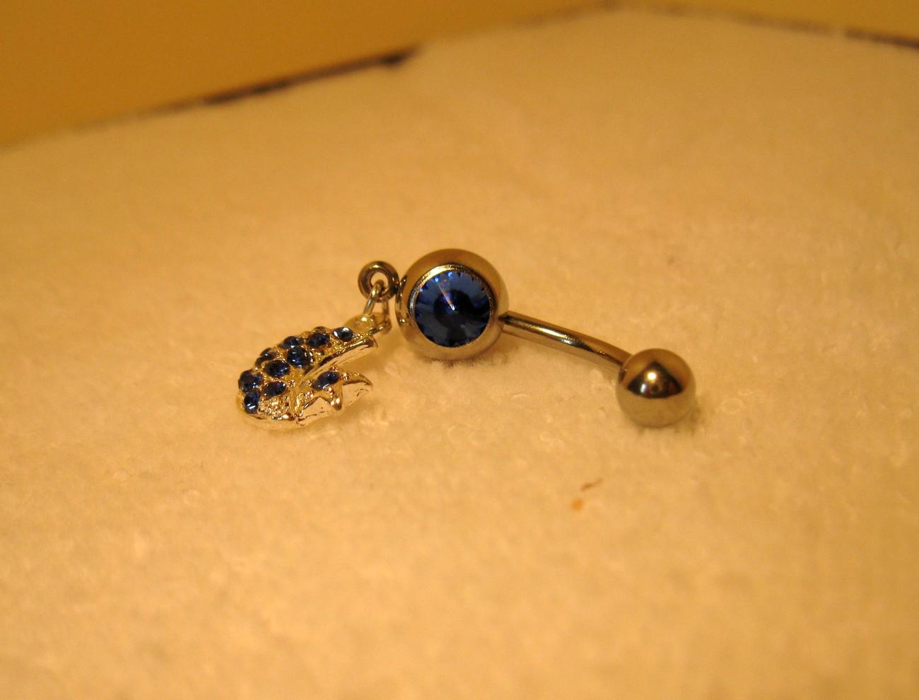 686a blue sapphire moon belly