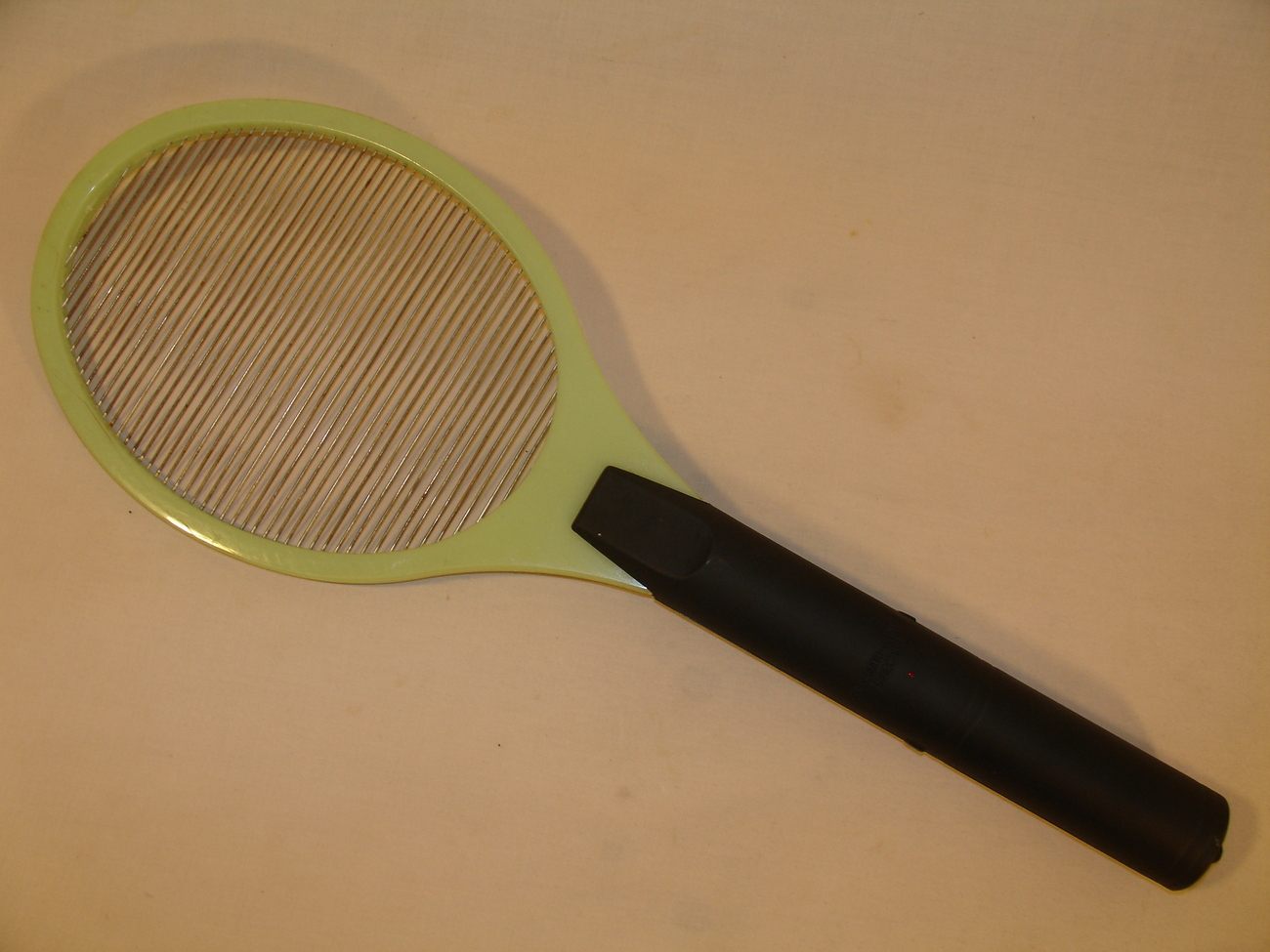 Electronic Mosquito/ Fly Swatter- glow in the dark