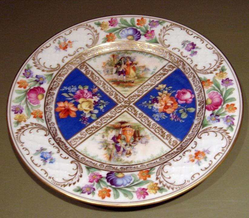 "Royal Dresdner Schumann Bavaria 8 3/8"" Plate & Figures"