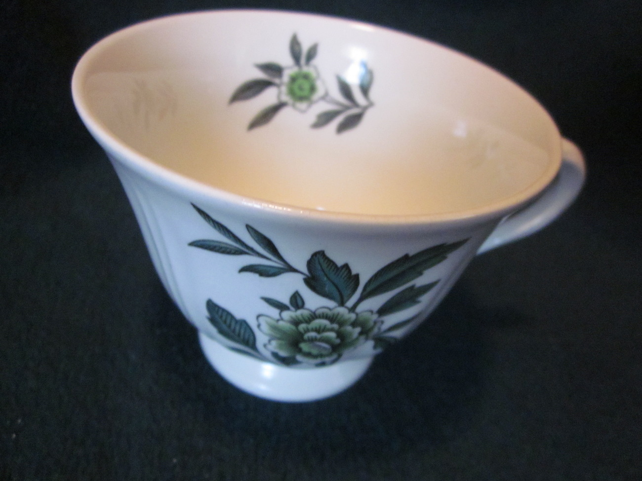 Wedgwood Green Leaf Barlastin Replacement Cup Lot 4