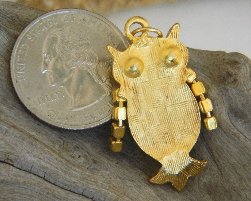 Vintage Owl Pendant Gold Tone Rhinestone Wings Eyes Movable