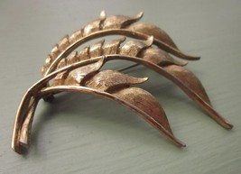 "TORINO METAL PIN BROOCH GOLD TONE PLUME Vintage 2 ¼"" Long - $5.70"