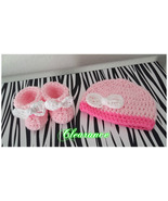 Newborn Girls Crochet Set (Hat & Booties) - $15.00