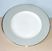 """Vera Wang Chantilly Lace Grey 9"""" Accent Salad Plate by Wedgwood NEW - $27.90"""