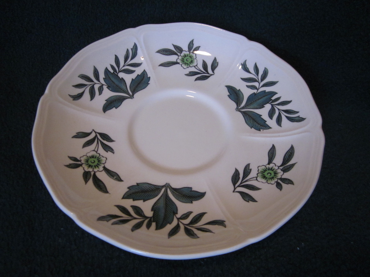 Wedgwood Green Leaf Barlastin Replacement Saucer Lot 5