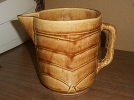 Vintage USA Pottery Brown Pitcher Vase Mid Century Art Deco Handle Ribbe... - $28.04