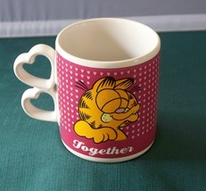 Garfield Together 10 Oz Coffee Mug With Love Handle  VGC - $12.00