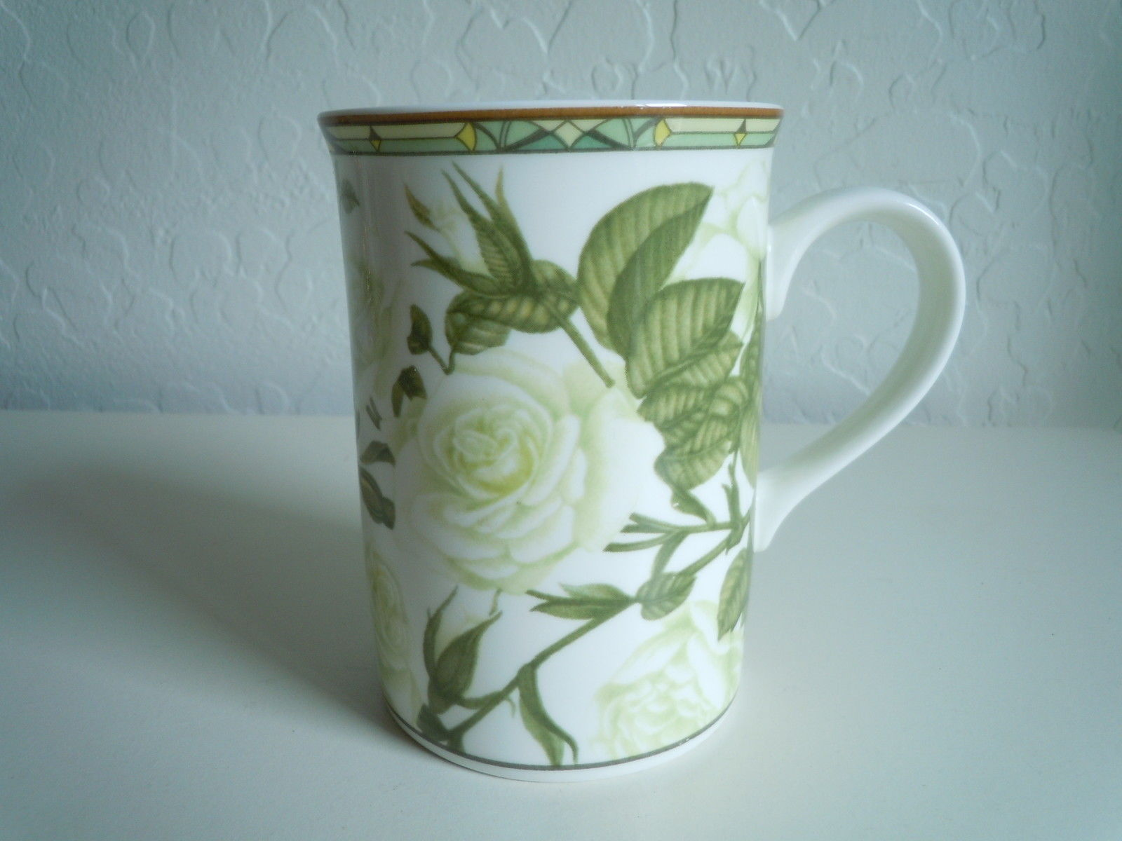 Primary image for Royal Bone Mug Roses Collectors Series