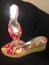 Jessica Simpson Daria 8.5M Red Floral Hawiian Women's Espadrille Wedge Sandals - $26.72