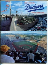 Los Angeles Dodgers Baseball Team Yearbook - MLB-1974-Stadium cover-FN - $31.53