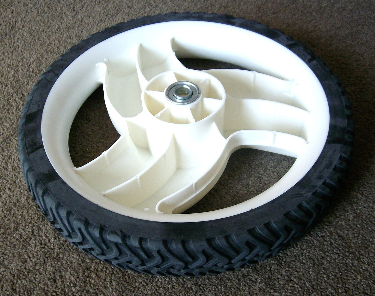 "Toro 22"" cut Recycler big high wheel tire 105-1816 for lawn mower 1051816"