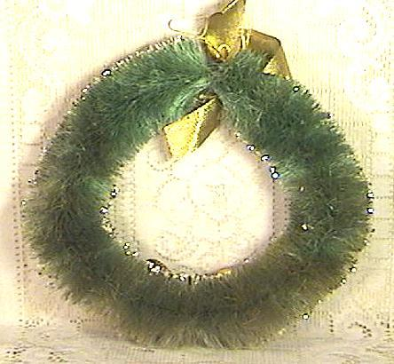 Vintage Christmas Brush Wreath with Fruit