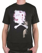 Dissizit! Mens Black DXB English D Cross Bones Smoker Girl Blowing Smoke T-Shirt