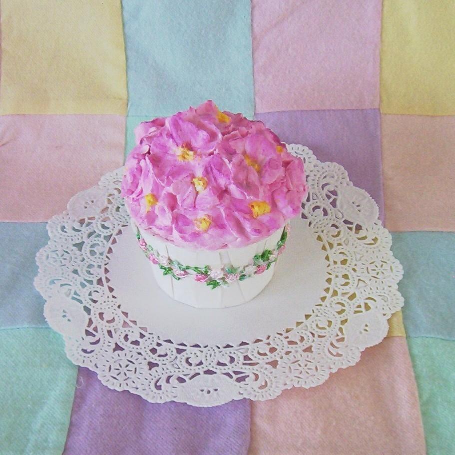 Cupcake faux fake display pink