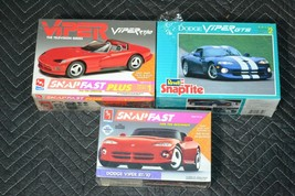 Revell AMT ERTL DODGE VIPER RT/10 GTS KIT SNAP Tite FAST PLUS 1:25 SCALE... - $27.69