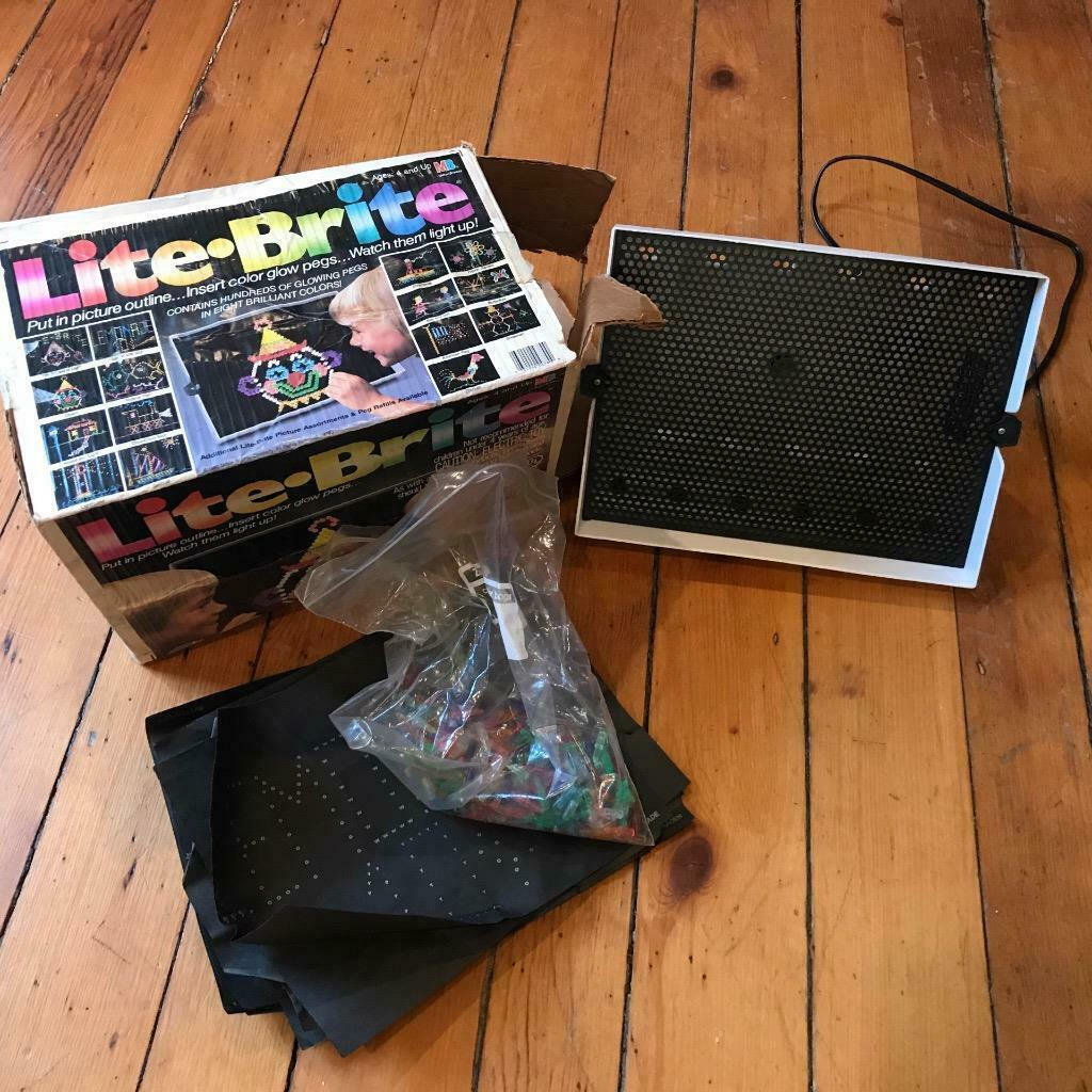 Vintage Hasbro Lite-Brite (Light Bright) w/ Extra Pegs and Pictures Working - $49.49