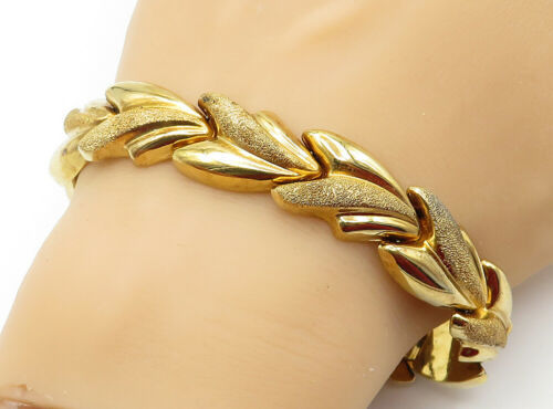 925 Sterling Silver - Shiny Gold Plated Textured Chunky Chain Bracelet - B6152