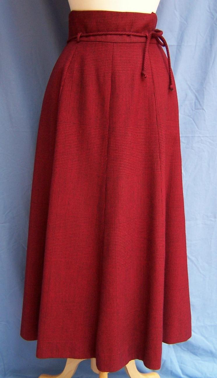 PERRY ELLIS Suit, 12, Burgandy Wool, MINT