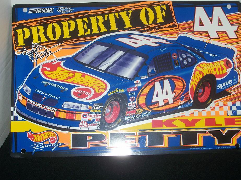 Hot Wheels Wall Sign #44 Kyle Petty