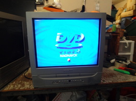 """Magnavox Dvd Tv Combo Unit Built In Dvd Player 20"""" Screen Works Well - $169.99"""