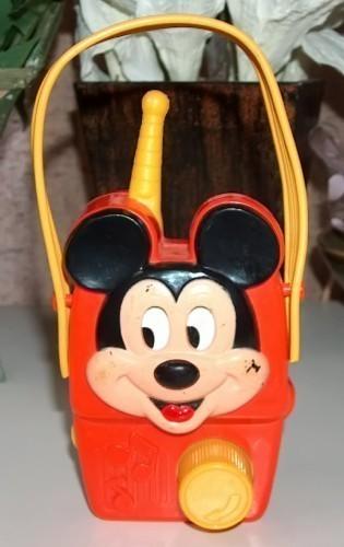 Mickey mouse windup radio