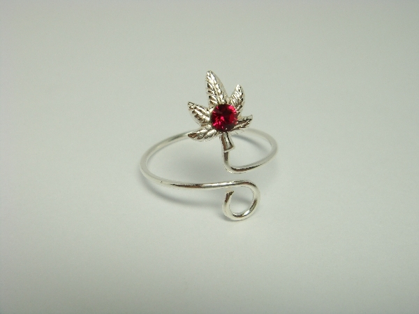 Sterling Silver Leaf Red Crystal Toe Ring