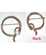vintage Circle pin brooch small carved Rose flower gold-plated - $11.00