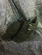 AEROSOLES Shoes Size 7.5 Green Suede Heels Loafers Slip Ons Women - $22.11