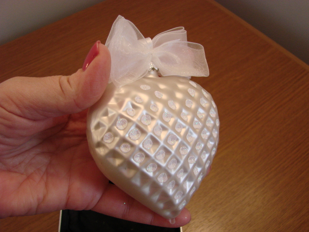 Jeweled Blown Glass Pearl White Heart Ornament New in Box image 2