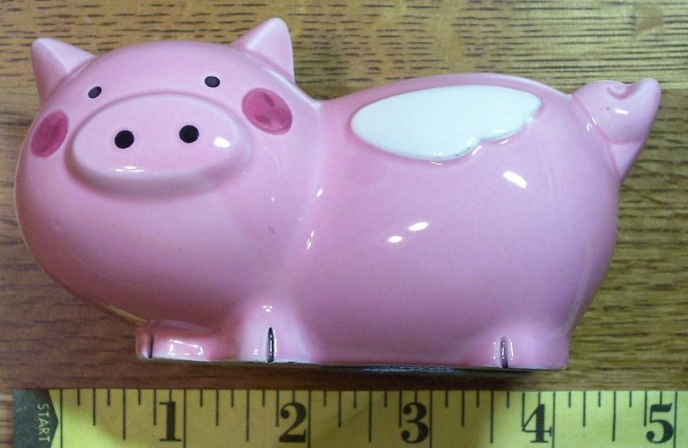 Pink pig bank  1