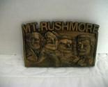 Mt.rushmore  4 thumb155 crop