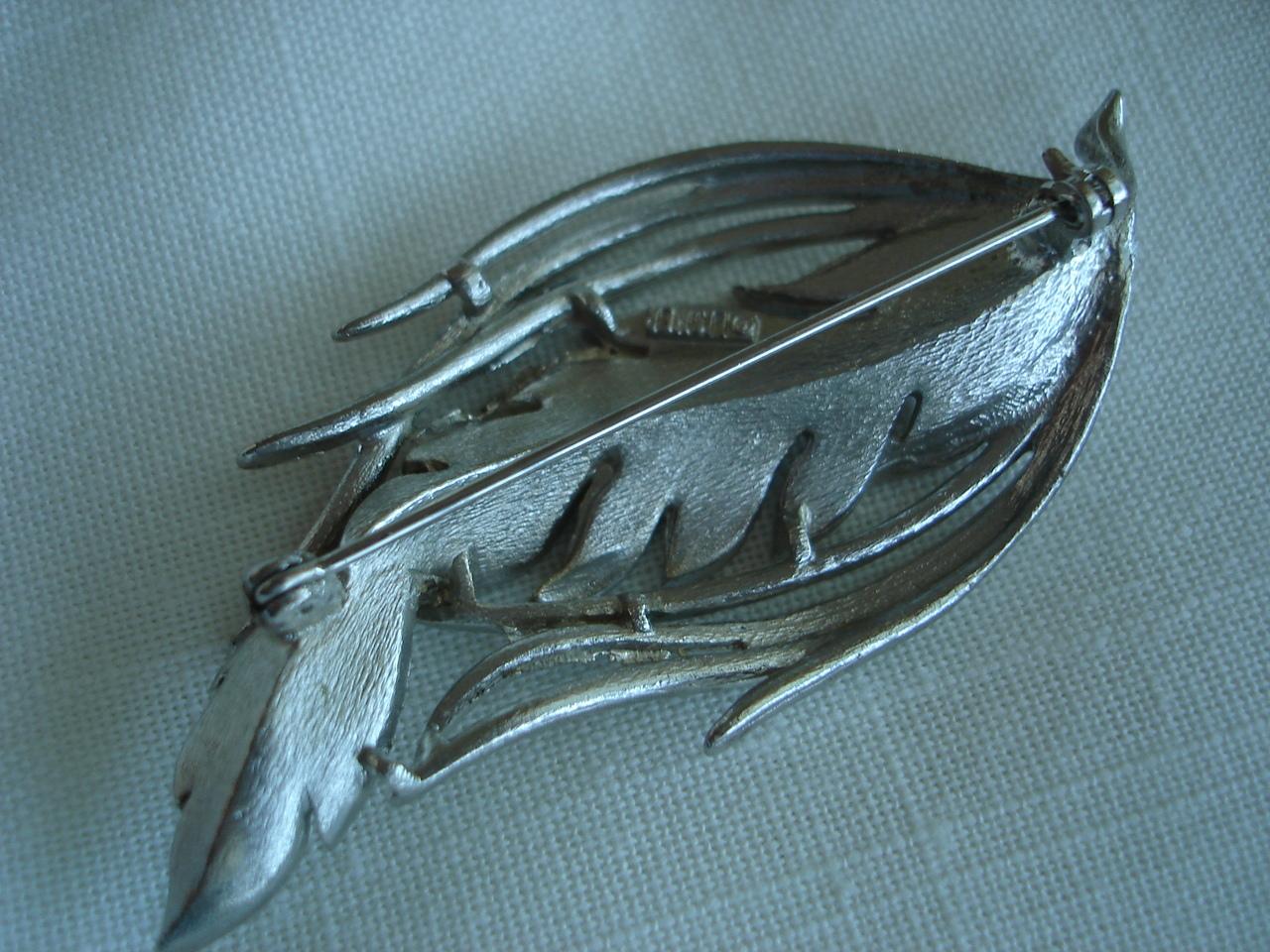 Vintage Lisner Brushed Silvertone Leaf Brooch