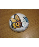 Yellow Monarch Butterfly Botanical Glass Paperweight New in  - $27.00