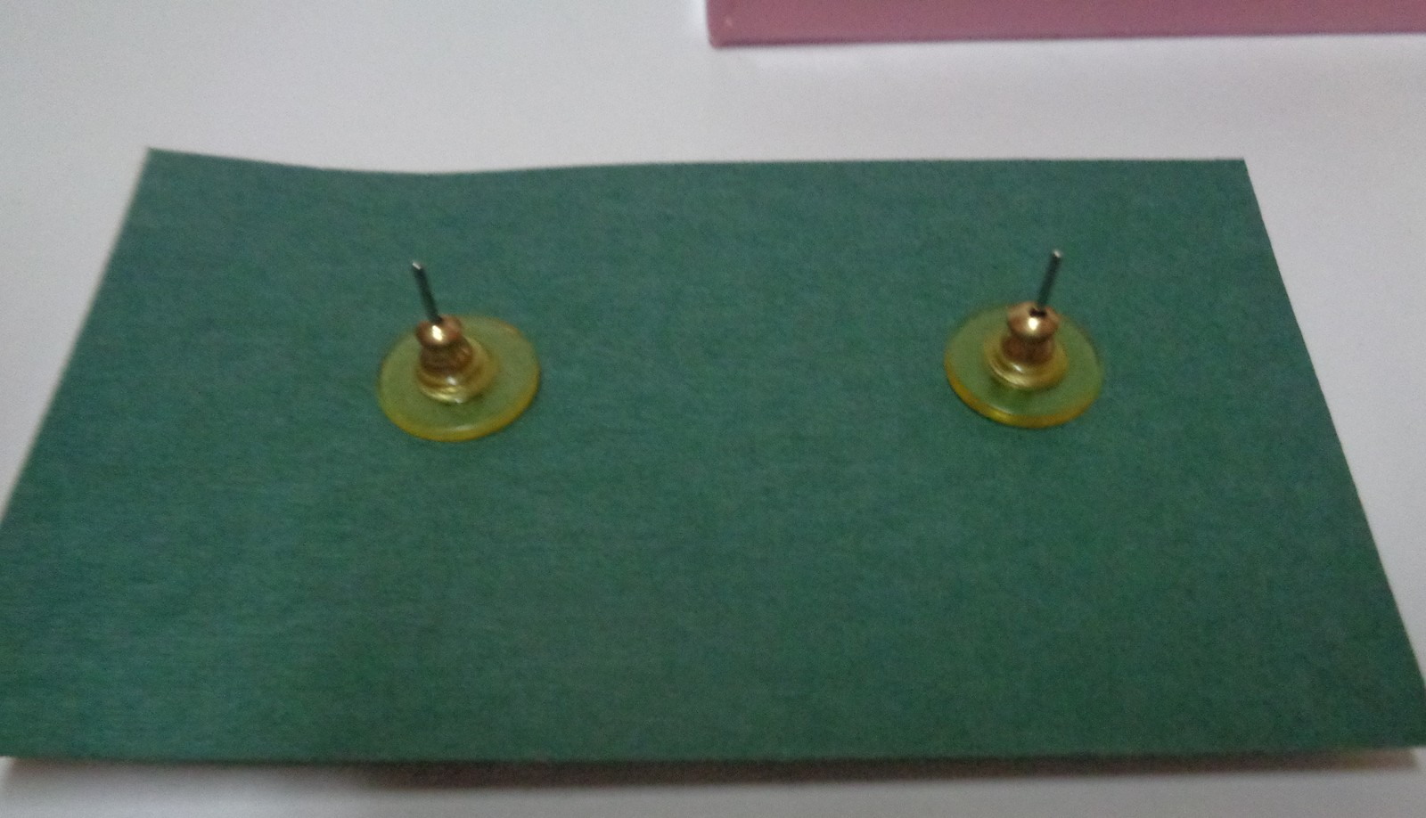 Olde Button Heirloom Earrings & Pin Set NWT Cameo Blue & White