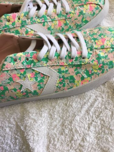 Converse Women's Breakpoint Floral Shoes SIZE 10 NWOB