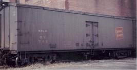 Funaro & Camerlengo HO CV 40' Wood Milk Car tilted herald kit 6731 image 2