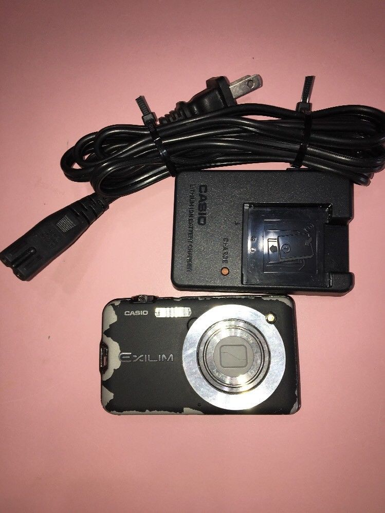 Primary image for Casio Exilim 10.1 Megapixel Digital Camera Model EX-S10A Black, needs battry