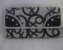 Xoxo Wallet  3 listings 2325b6f02598a
