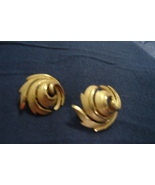 Vintage Trifari Swirl Earrings - $10.00