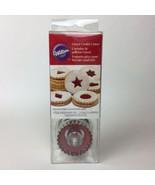 Wilton Christmas Circle Linzer Sandwich Cookie Cutter 6 Inserts New - $9.90